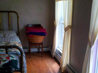 Scenic Downing's Pond Room Rentals, New Durham