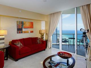 Cozy 1 Bedroom Oceanfront Apartment in Sunny Isles, Miami