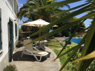 Quinta comfortable with swimming pool, Estreito da Calheta