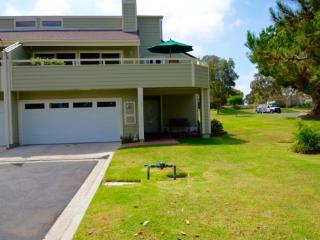 1760 Kennington Rd, Encinitas