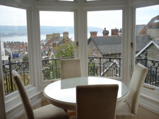 Modern Victorian apartment with sea views, Swanage