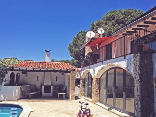 OFFER! Villa in Cala Canylles with private pool, Lloret de Mar