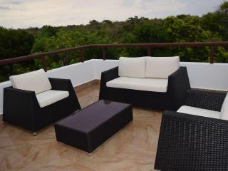 TAO Inspired Penthouse w/ Jetted tubi, Akumal