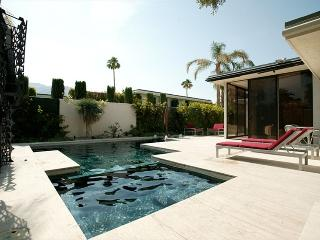 Historic Elrod Villa, Palm Springs Glamour