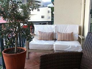 Madeira Luxury Breaks - Central, Funchal