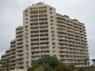Beautiful 3bd/3 ba, oceanfront condo in a private community, Myrtle Beach