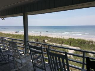 C~Kissed - OceanFront House, Oak Island