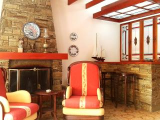 ON THE BEACH APARTMENT WITH RELAXING SEA VIEW, Kavala