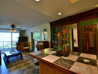 Gorgeous*Peaceful*Condo*Steps to Beautiful Beach, Kihei