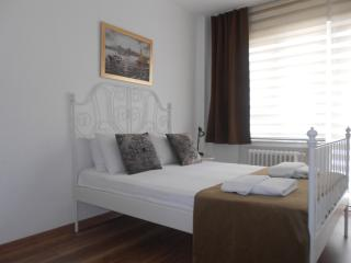 3BR Large Luxury Home in Osmanbey, Istanbul
