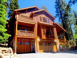 Luxury throughout Gorgeous 7-year-old Custom Craft, Truckee