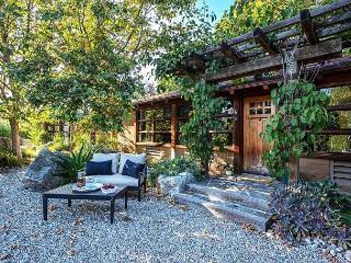 3701 ~And~So~It~Is~ Beautiful Gardens, Near Restaurants & Wineries, Carmel Valley
