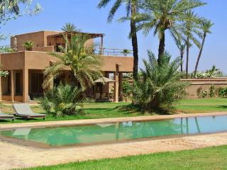 Stunning 6 bedrooms holiday villa private pool, Marrakech