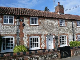 3 post mill cottages, Burnham Overy Staithe