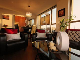 The Giovanni Corporate Suite, Victoria