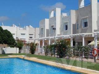 2 BED TOWNHOUSE CLOSE TO BEACH WITH COMMUNAL POOLS, Vera