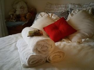 cozy room to let, Belair