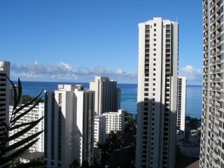 AWESOME OCEAN VIEW CONDO, Honolulu