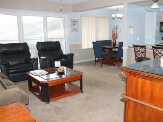 2 Bedroom 2 Bath Private Deck Units - 1205, Indian Point