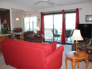 2 Bedroom 2 Bath Private Deck Units - 505, Indian Point
