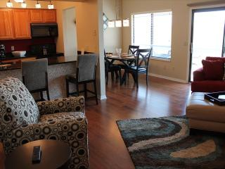 2 Bedroom 2 Bath Private Deck Units - 705, Indian Point