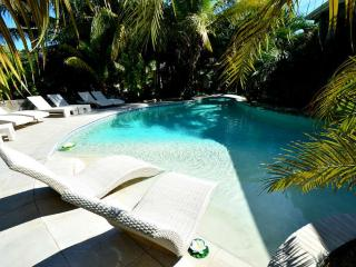 Villa Turtles Orient Bay 5 Bedroom up to 10 person