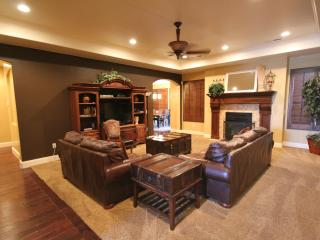Gorgeous One-Level Designer Home-Great Furnishings, St. George