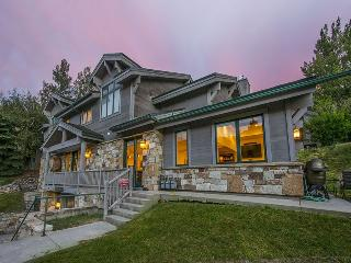 Caribou 1 Townhome in Park City with Three Bedroom