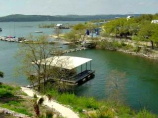Sunset Cove Lake House on Lake Travis, Volente