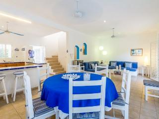 Casa Blanca - Conveniently Located Close to Downtown Cozumel