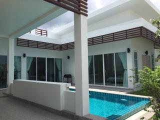 Brand New Pool Villa near Beach -  P25, Hua Hin