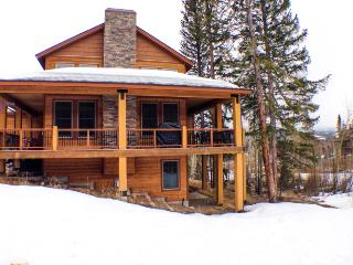 4 Bedroom | Sleeps 12 | Hot Tub | Pet Friendly, Fraser