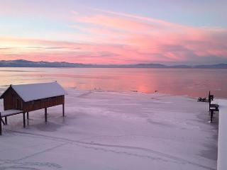 Lakefront, Expansive Views, Prvt Beach, Close to Skiing, Prime Location, South Lake Tahoe
