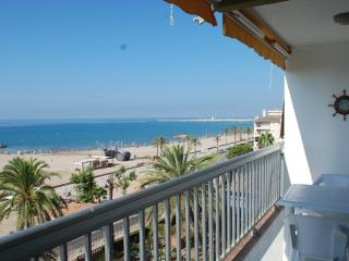 Apartment with views over the sea, Cunit