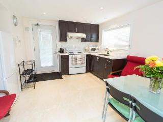 Brand new spacious 2BR suite-Chambers Location, Vancouver