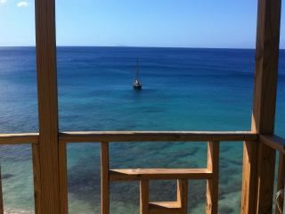 Tropical Beach House, Aguadilla