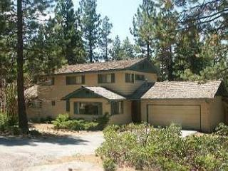 OUTSTANDING SOUTH LAKE TAHOE HOME, Stateline