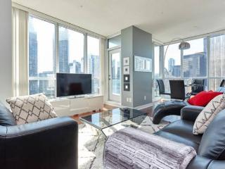 Executive Suite on Harbour, Toronto