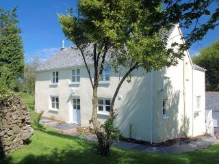 NSEVE House in Combe Martin