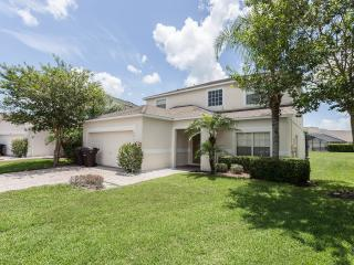 7 Beds/7 Baths,SOUTH FACING POOL WITH WATER VIEW,ALL NEW FURNITURE,10 MIN. DISNEY, Kissimmee