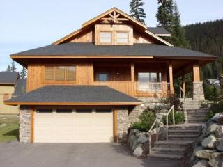 Fairway's Cabins and Cottages - Cottage 14, Sun Peaks