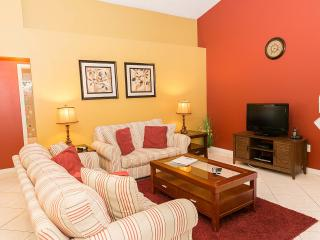 Bass Lake Beauty with a Pool, WiFi and Air Conditioning, Kissimmee