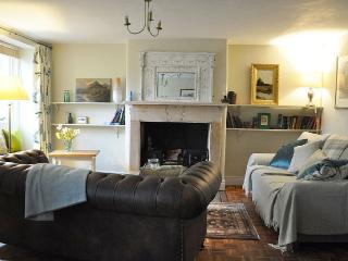 Cotswold Stone Cottage In The Slad Valley, Stroud