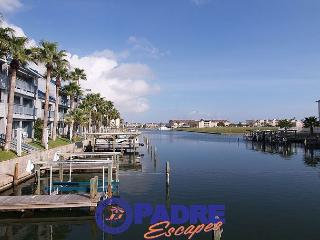 Come enjoy this Waterfront Hideaway for Two!, Corpus Christi