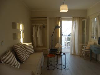DELUXE SUITE, Naxos Town