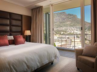 Studio Residence in 5 Star Hotel, Cape Town
