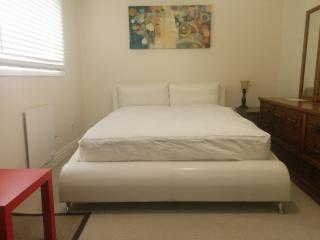 Renovated Furnished Townhouse for Rent, Brantford