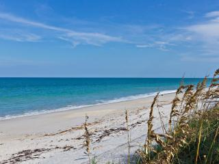 Newly renovated condo on barrier island, Vero Beach