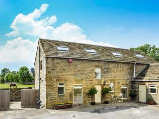 BULLACE BARN, detached stone-built cottage, family and pet friendly, in Millhouse Green, near Holmfirth, Ref 23330
