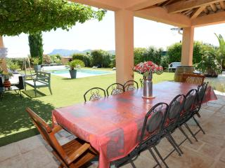 6157 Provence villa with air con and pool, Le Muy